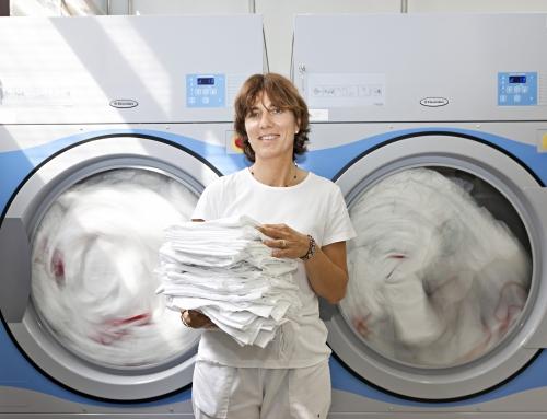 A lavandaria profissional tem o bem-estar dos funcionários como prioridade